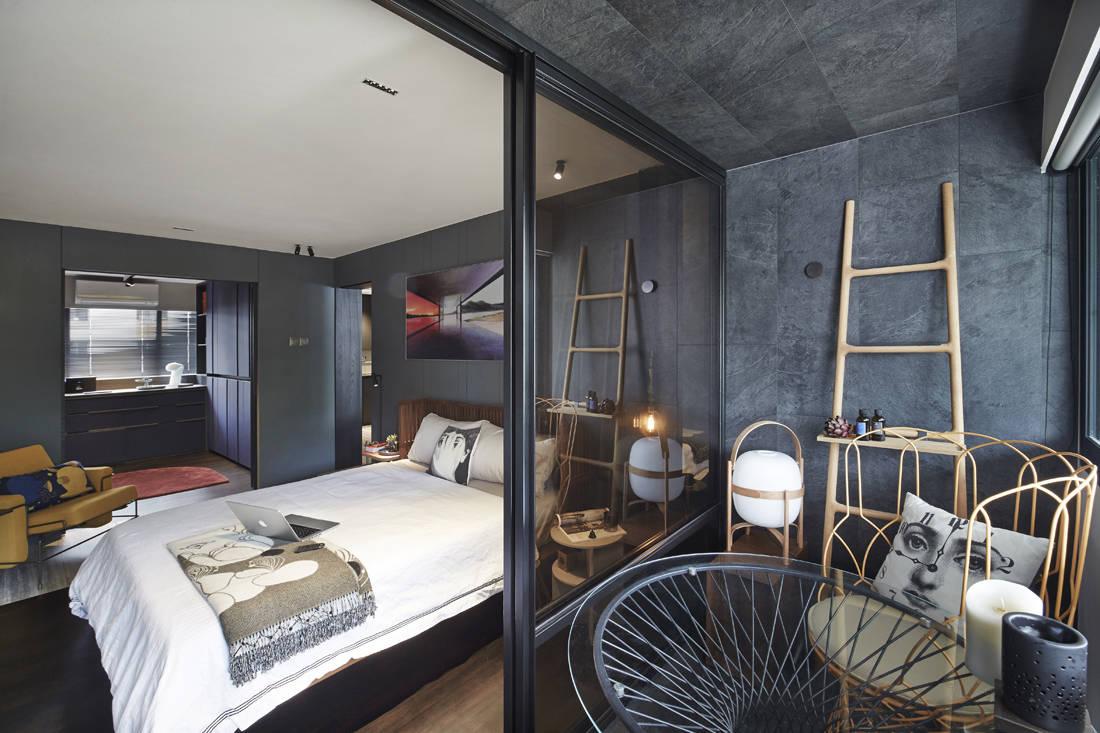 Interior designer Joey Khu's bedroom (2)
