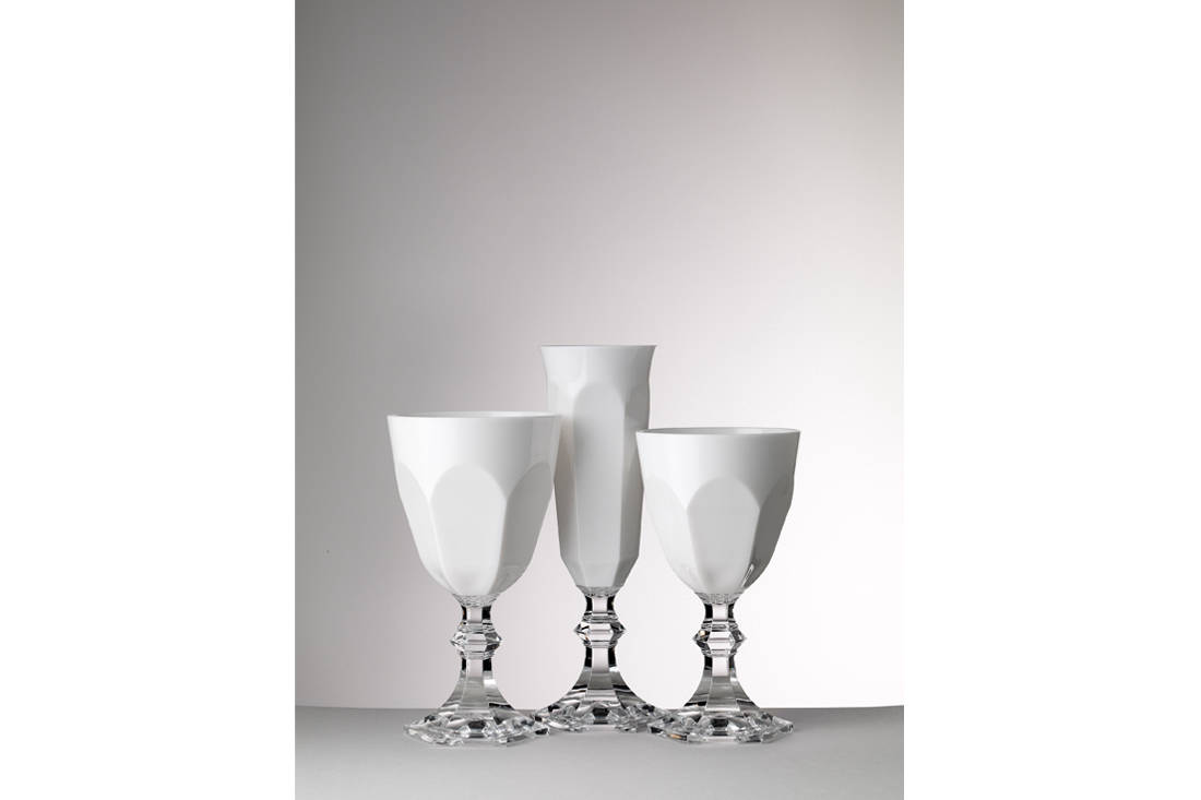 Dolce Vita acrylic flutes and wine glasses Christmas gift from lemongrass & Aubergine