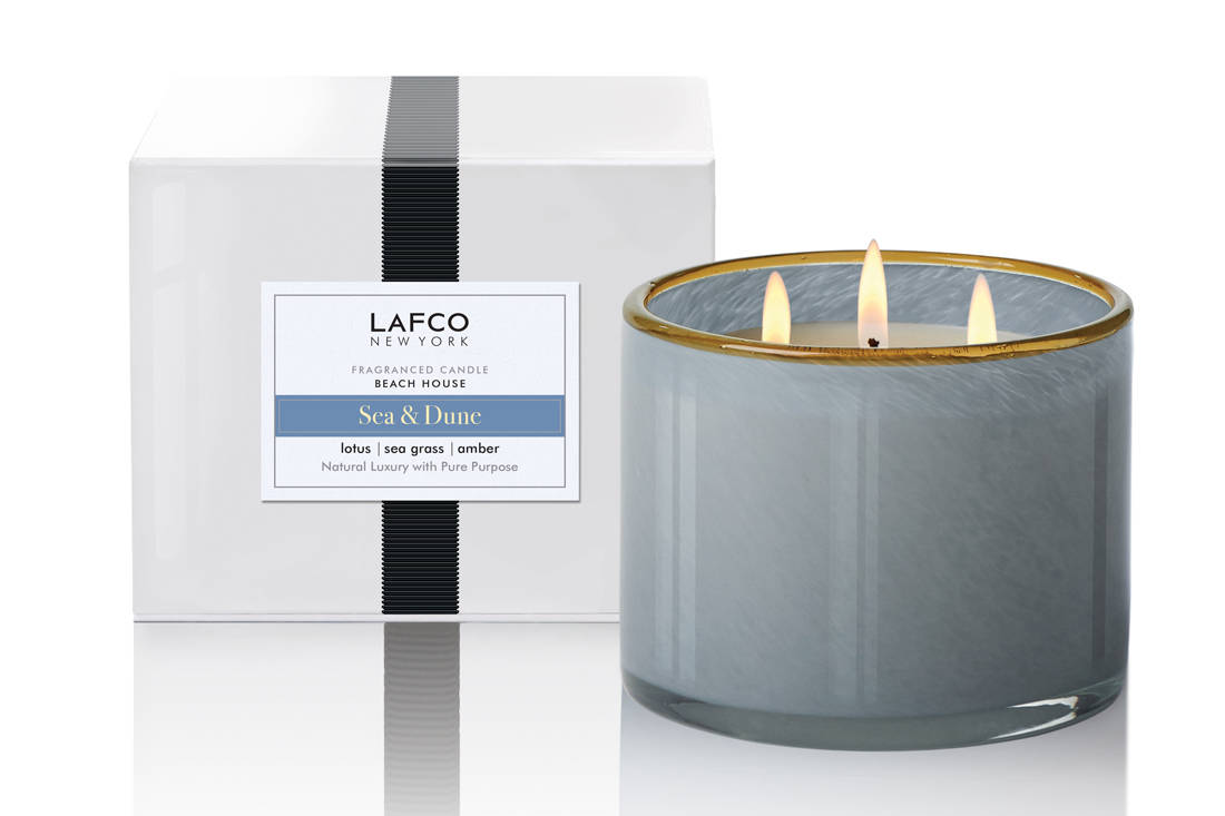 Lafco New York fragranced candle Christmas gift from lemongrass & Aubergine