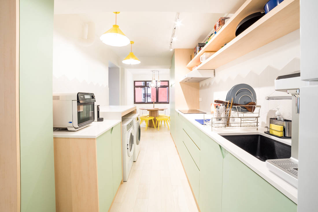 kitchen in bachelor pad for personal indulgence by Archive Design (2)