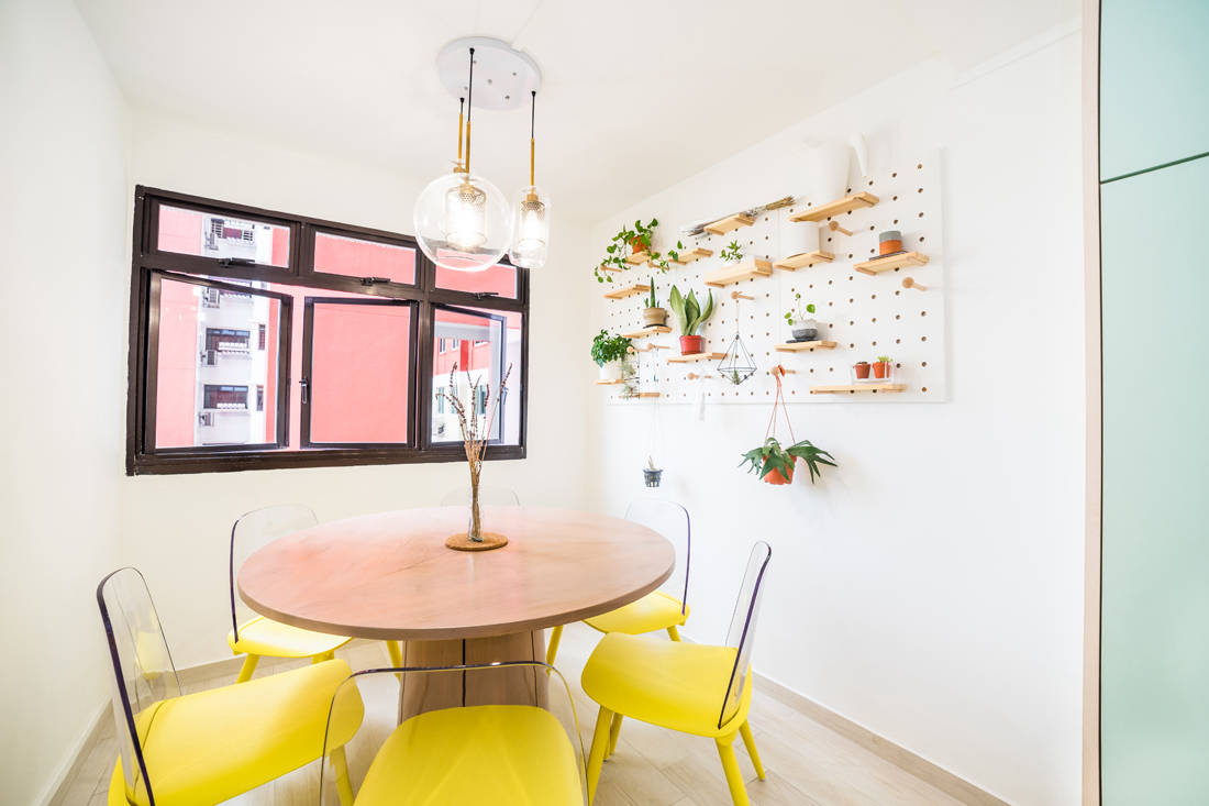 dining in bachelor pad for personal indulgence by Archive Design