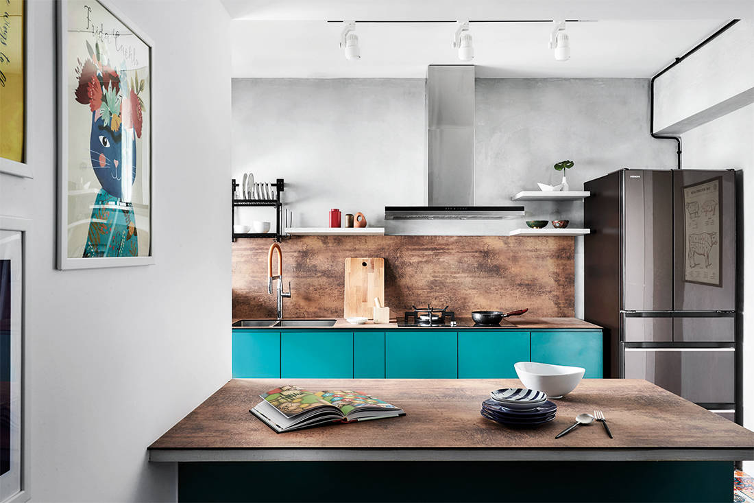 bold colours and patterns in HDB flat kitchen by IN-EXPAT (2)