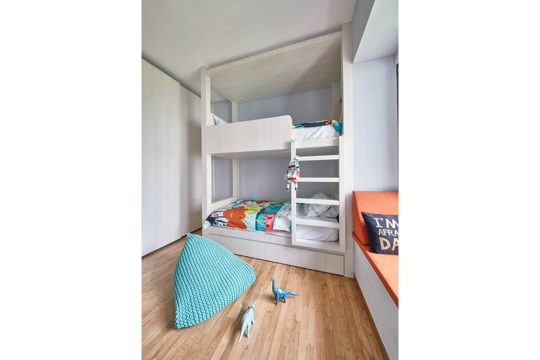 use of marble in Trilight condo by Free Space Intent (4)