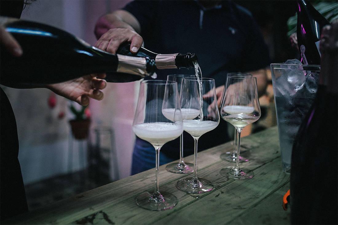 Kadeka Signature series wine chiller hero image