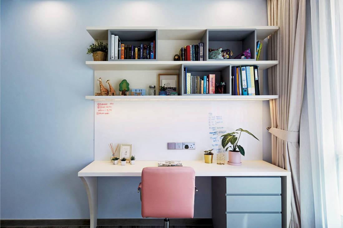 Carpenters Scandinavian open-concept - study room