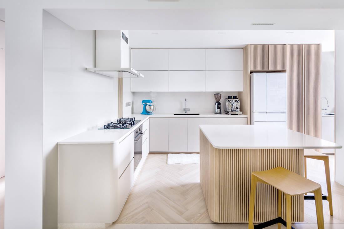Minimalism at its best Artistroom - Kitchen