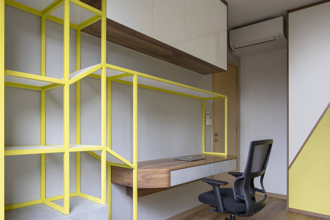 colour play in apartment by Linear Space Concepts (4)