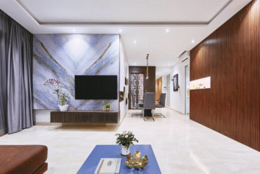 A contemporary fusion of styles results in this tasteful family home