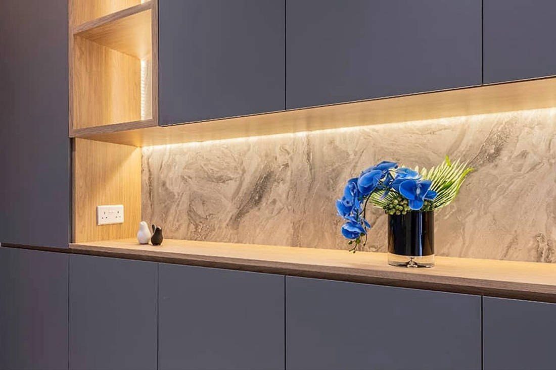 Admira Traceless Dark Grey fingerprint-resistant laminates - Design by Meter Square