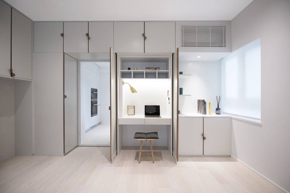 enclosed home office setup by Bean Buro
