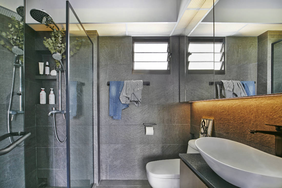 master bathroom - BTO flat for couple by Aart Boxx Interior
