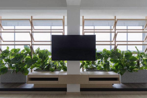 garden Right Angle Studio