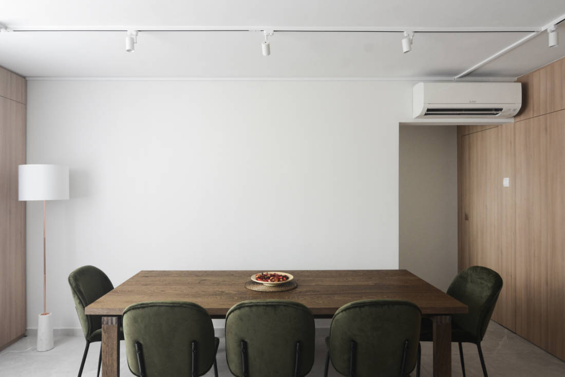 effortless modern-day living in HDB resale flat dining area by Craftsmen Studio (2)