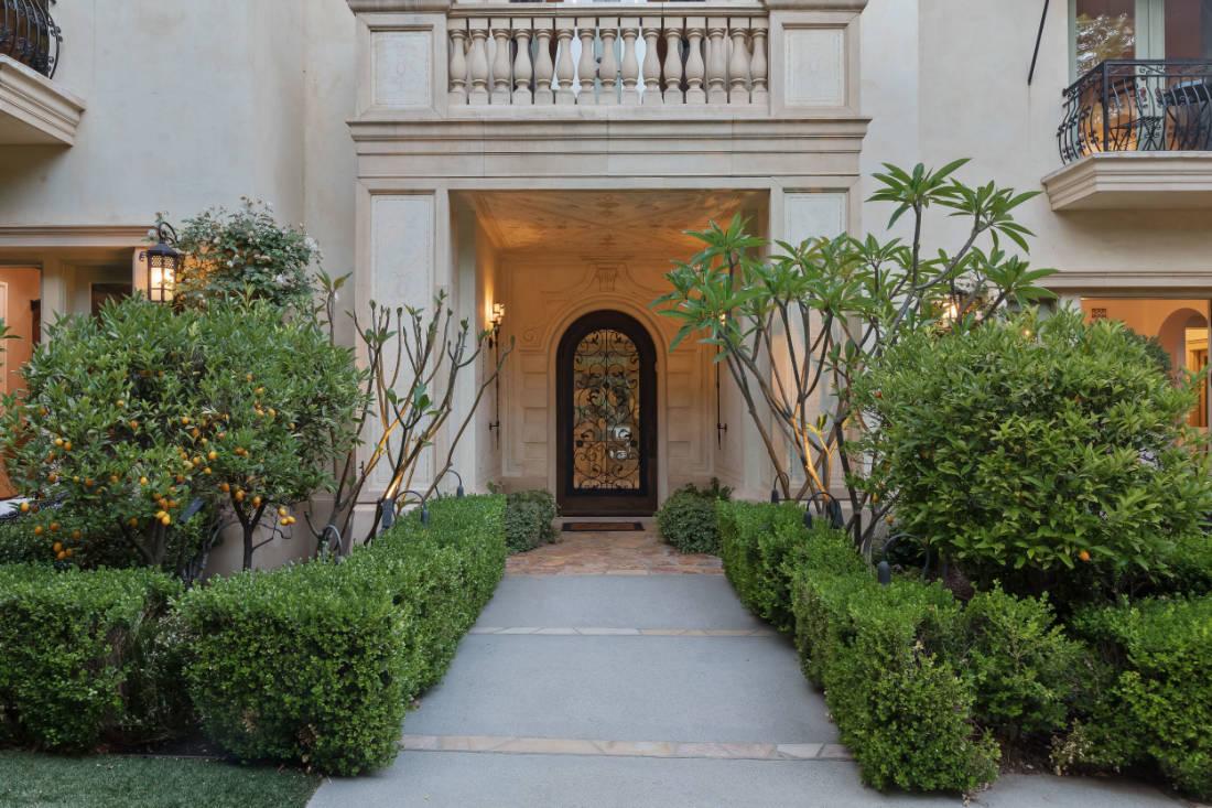 Britney Spears Beverly Hills mansion (2)