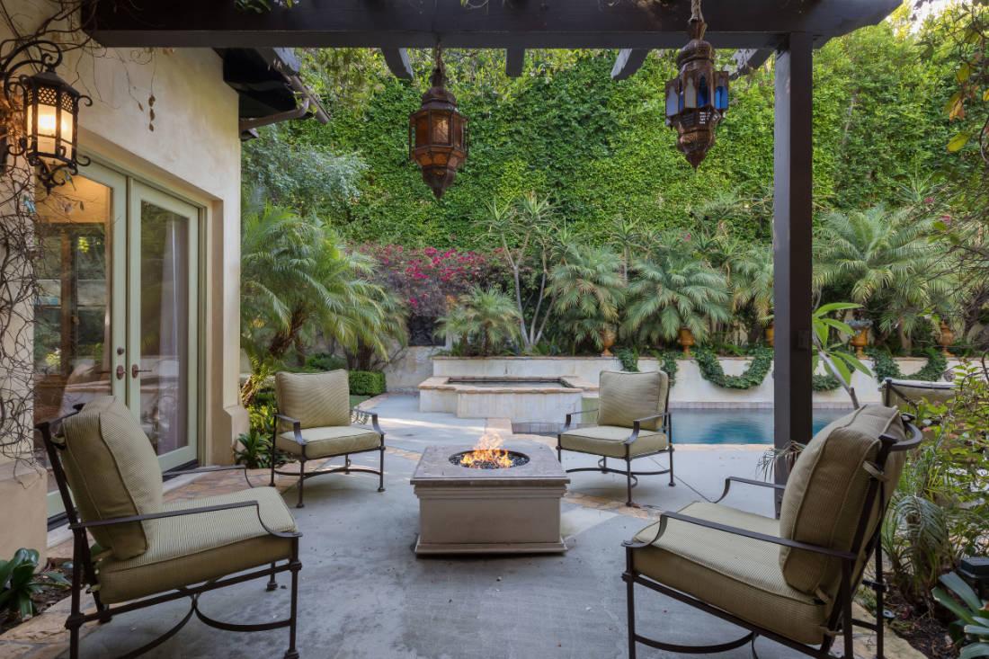 Britney Spears Beverly Hills mansion (6)