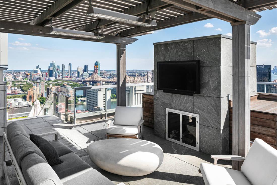 Jennifer Lawrence New York City penthouse outdoor terrace