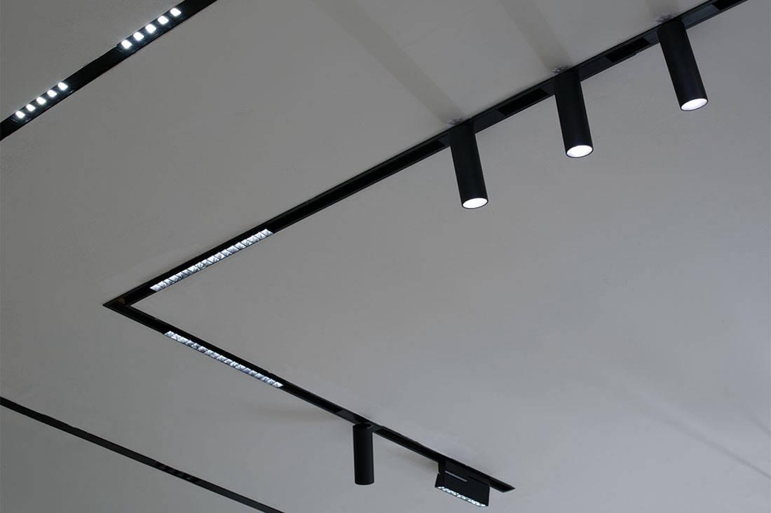 Verde Light showroom