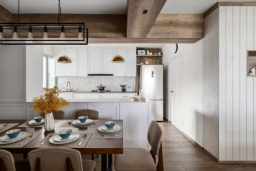 The comforts and bliss of farmhouse living in an HDB flat