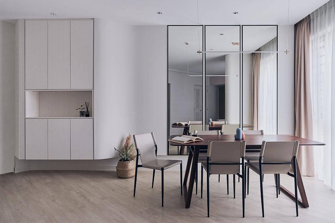 odd-shaped apartment Happe Design Atelier