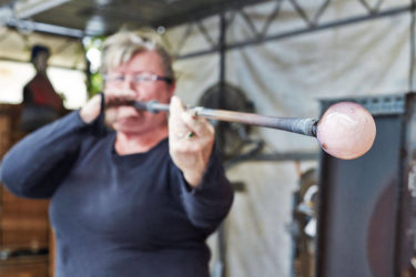 The fine art of glassmaking with Barbara Jane Cowie