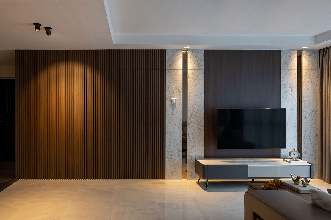 luxurious flat Plush Interior Design