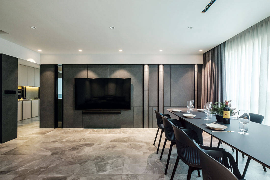 dining area in five-room flat designed by HOFT