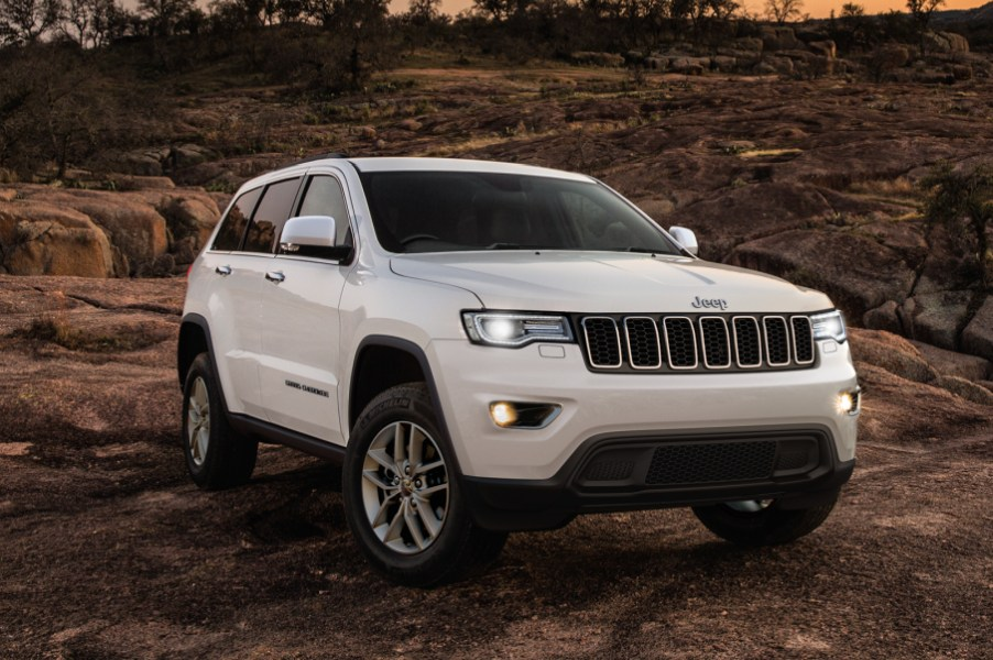 New Jeep Grand Cherokee Prices. 2020 Australian Reviews ...