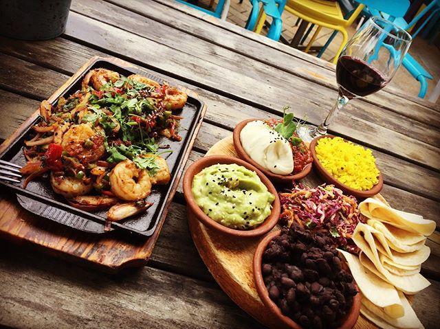 La Mexica Cantina and Restaurant