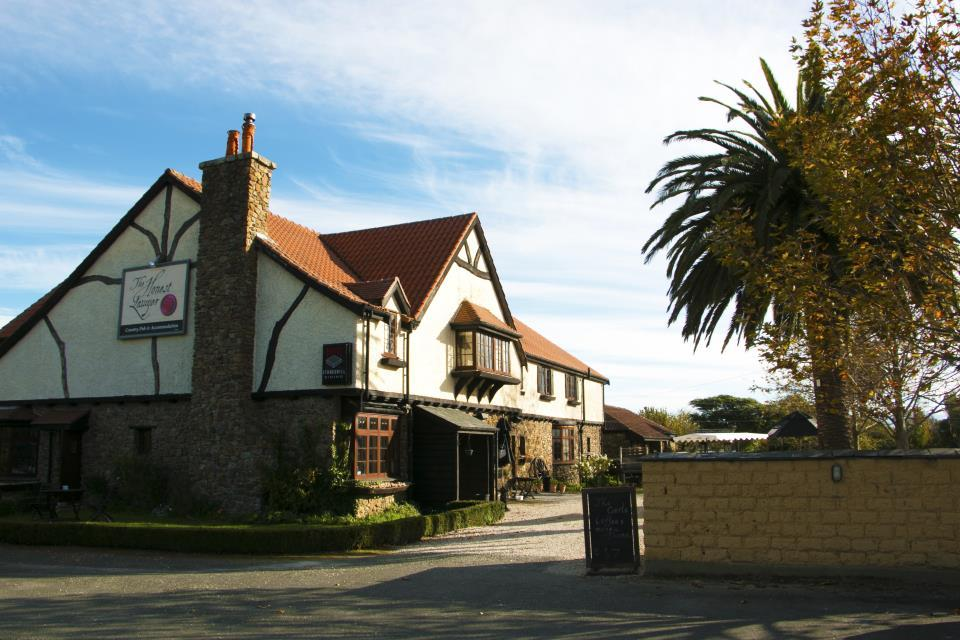 The Honest Lawyer Country Pub and Accommodation