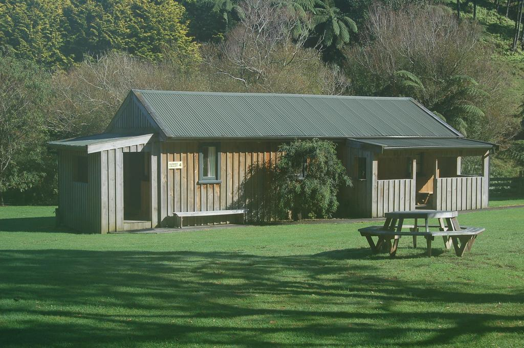 Egmont Eco Lodge