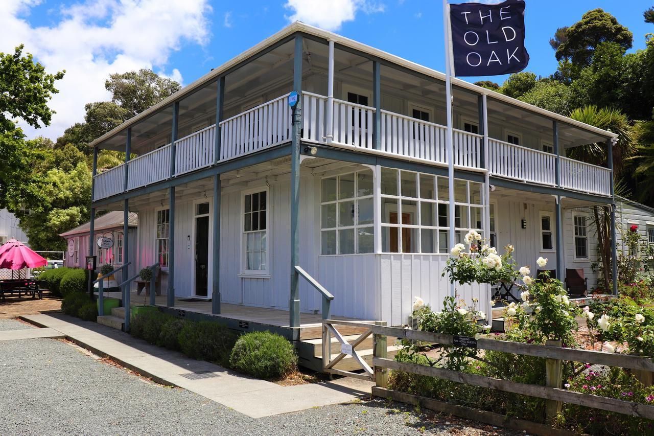 The Old Oak - Boutique Hotel