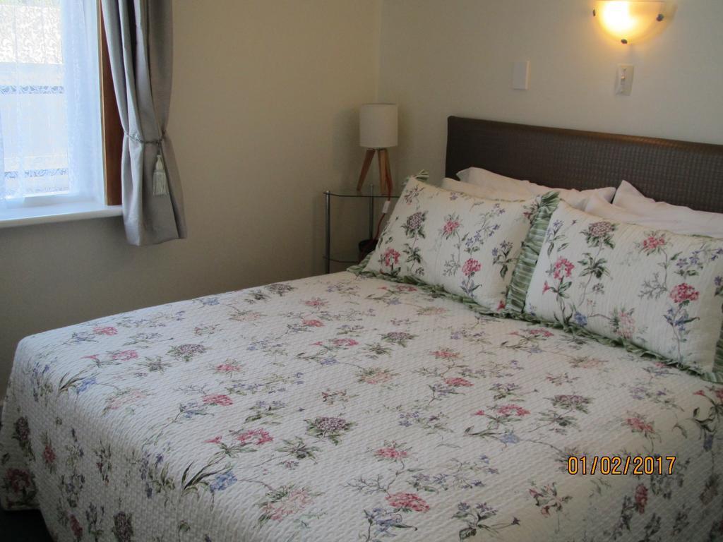 Esplanade Motels & Apartments