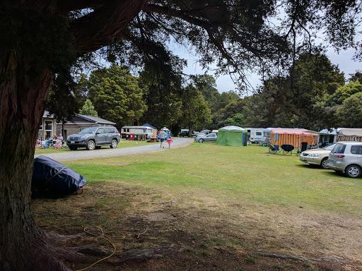 Pounawea Motor Camp