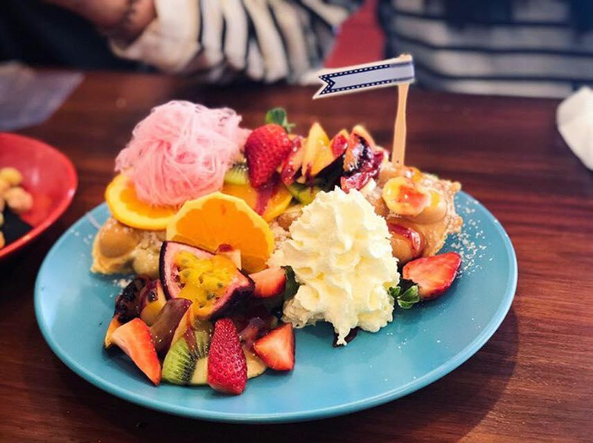 CrunchTower Desserts&Drinks