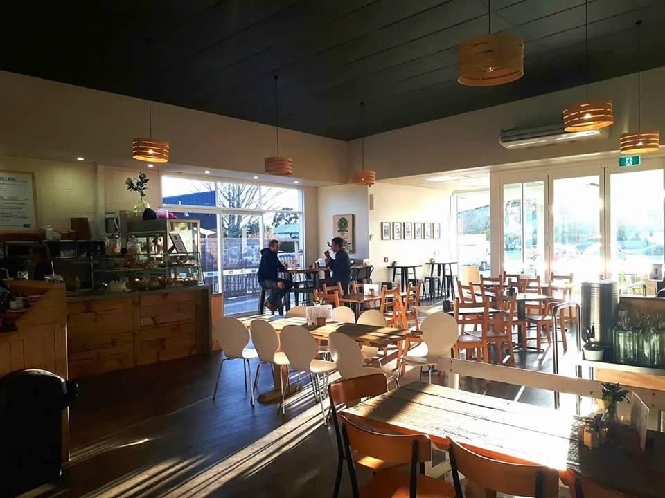 Locals Cafe