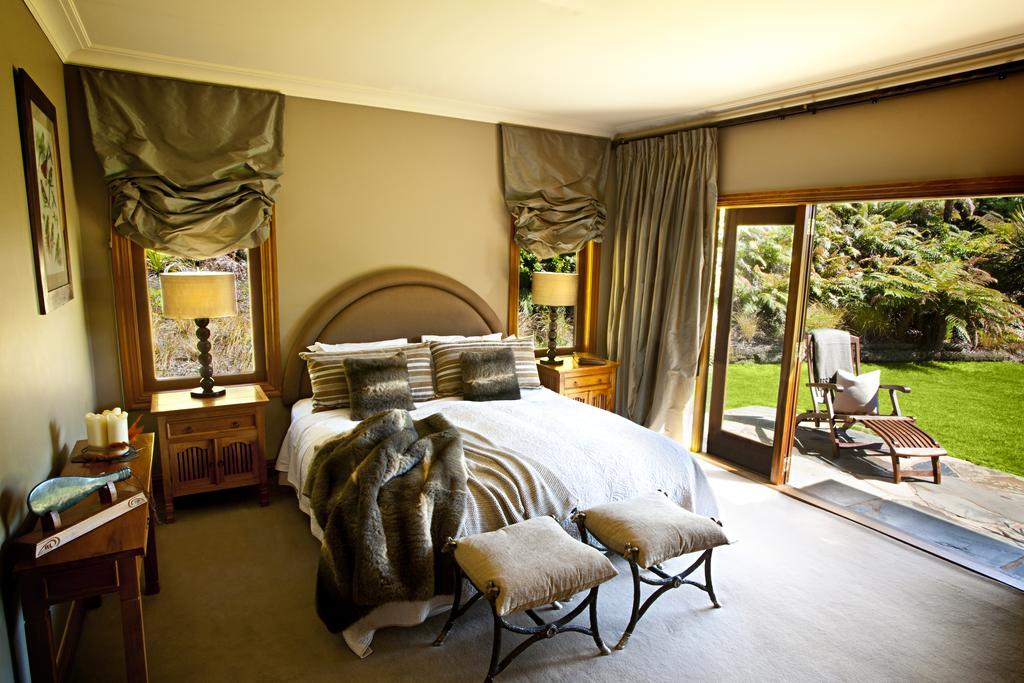 Treetops Lodge & Estate