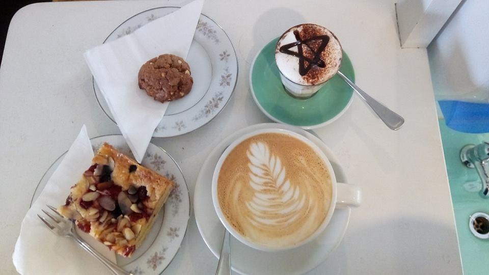 Zepplin Cafe & Ceramics