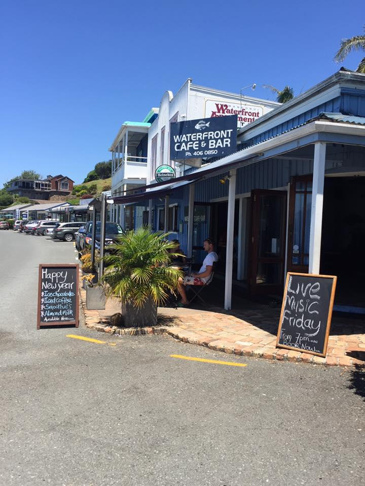 Waterfront Cafe & Bar