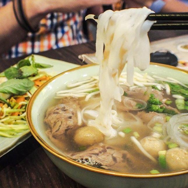 Kens Noodle Cafe
