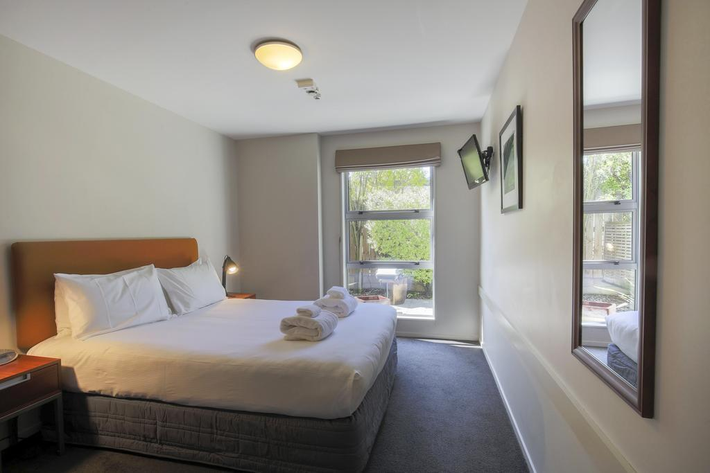 Wanaka Edge Suites