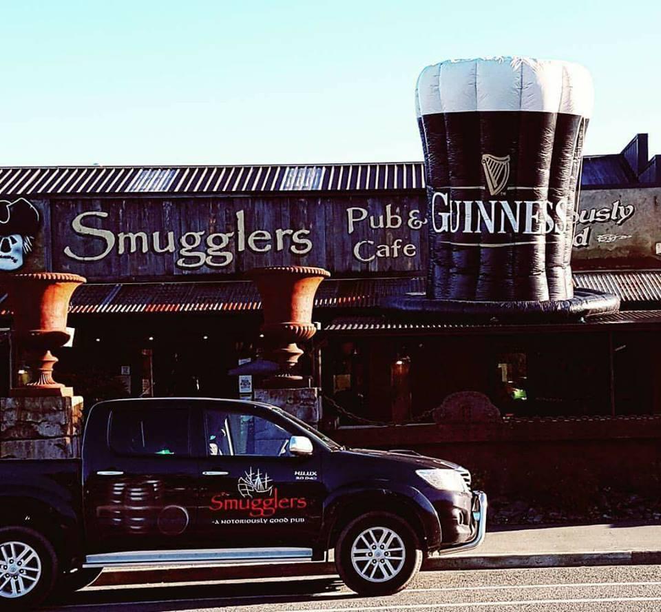 Smugglers Pub & Cafe