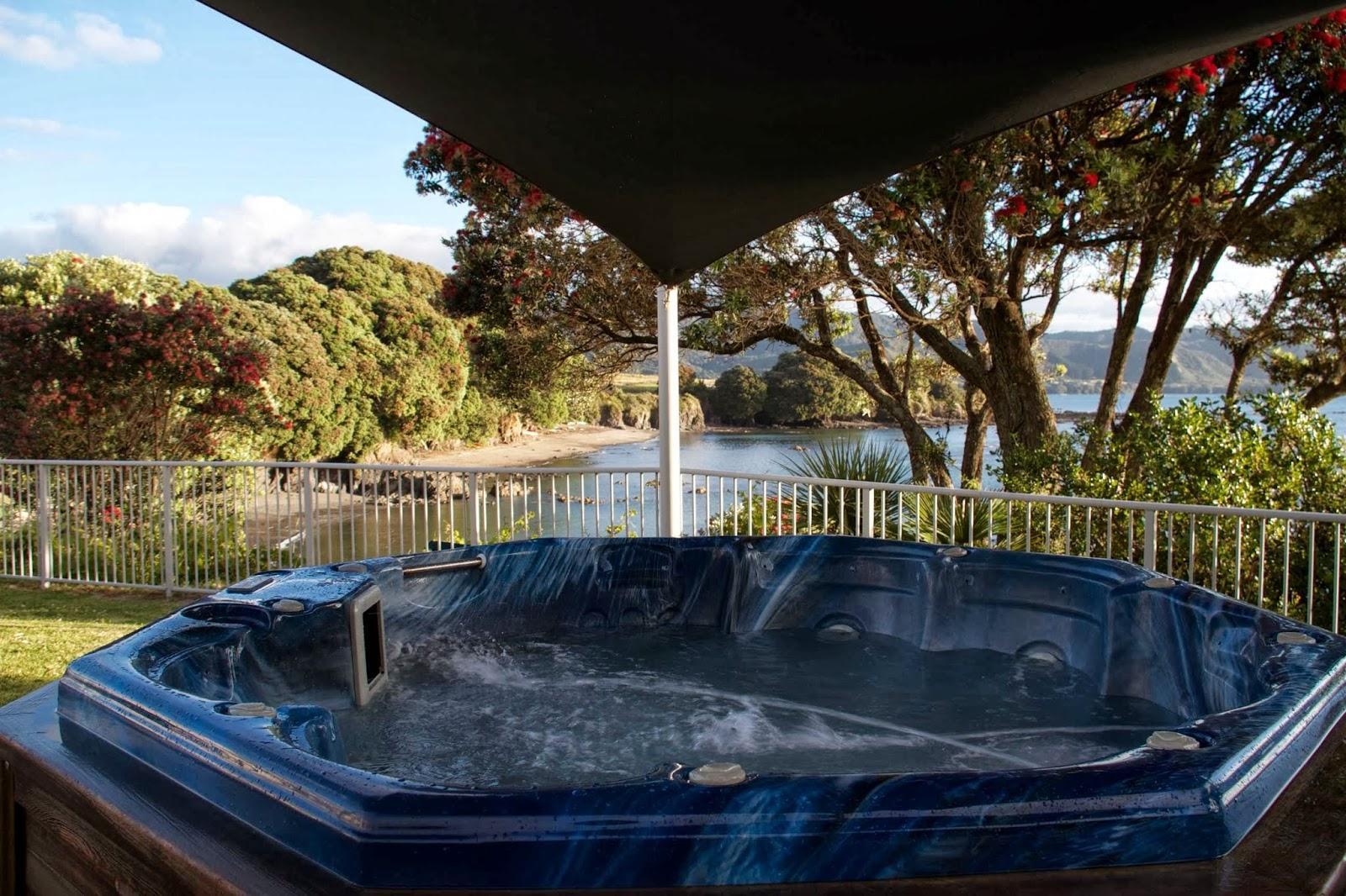 Te Kaha Holiday Park