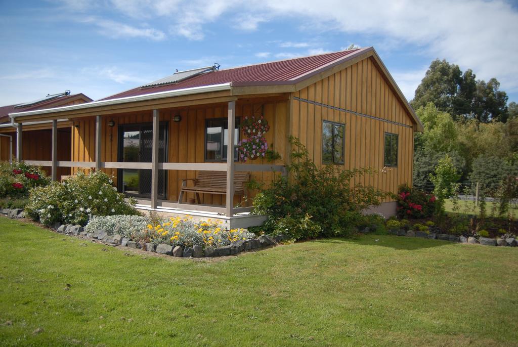 Longbourne Lodge