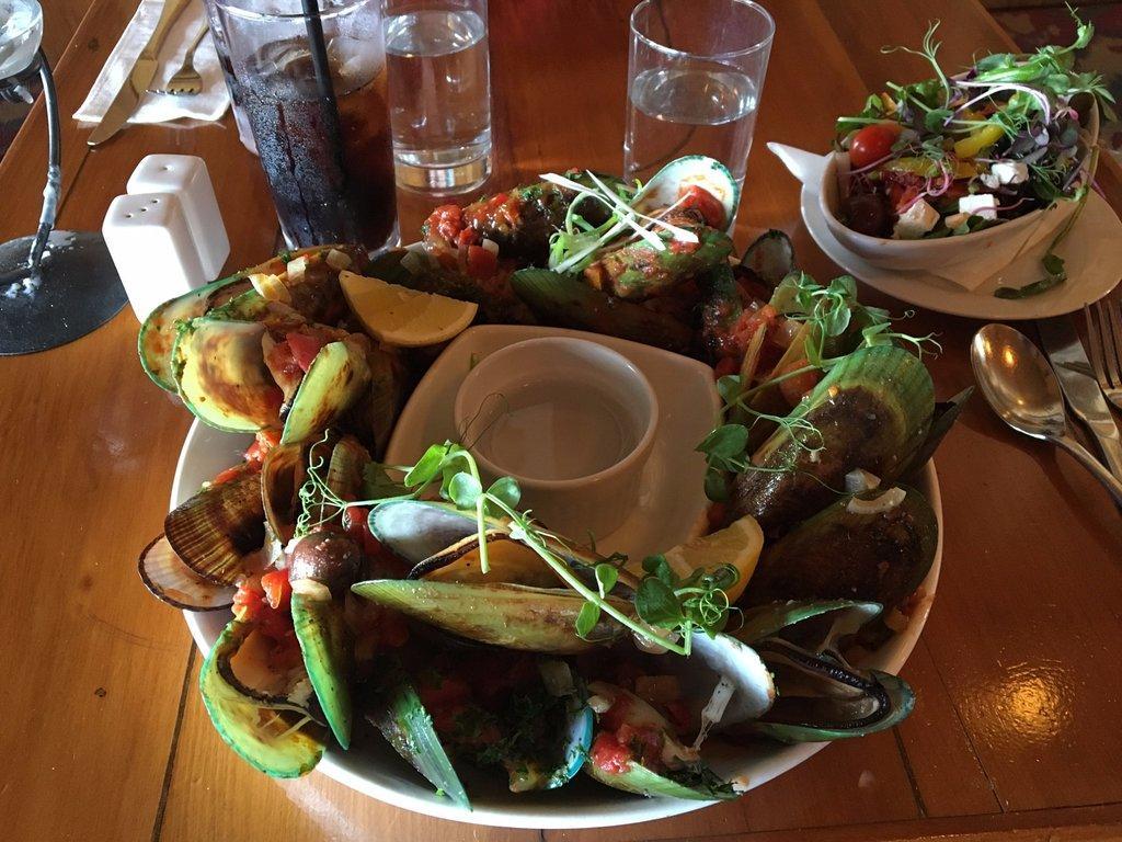 Amphora Cafe Bar
