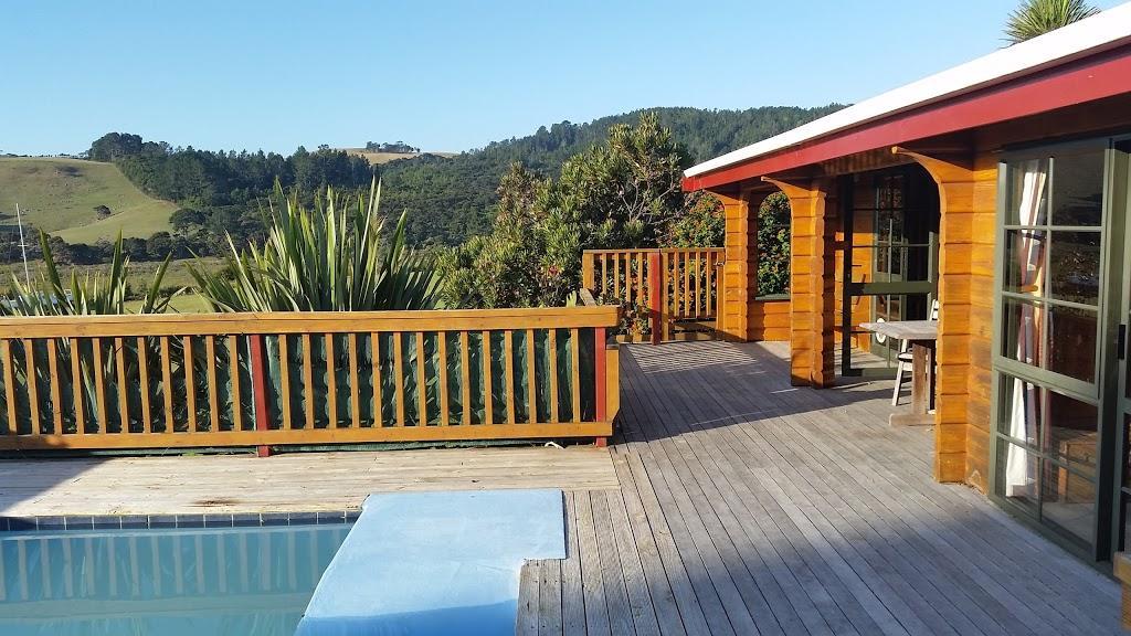 Te Kouma Harbour Cottages