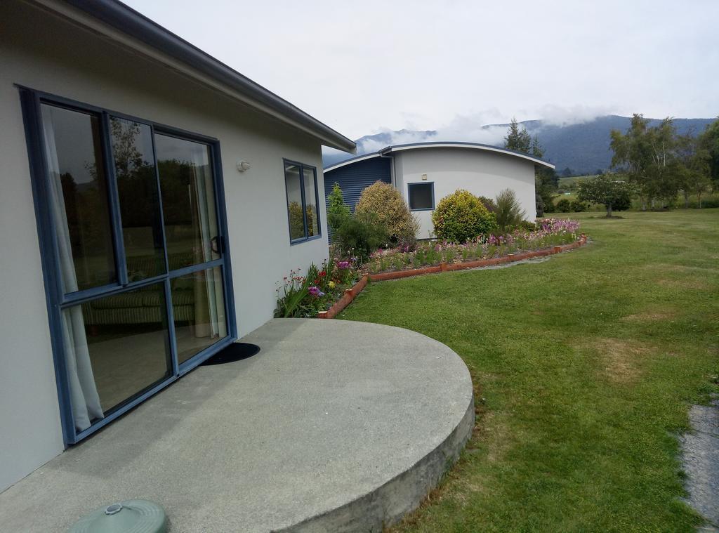 Patons Rock Beach Villa