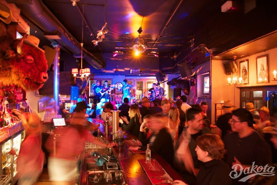 Dakota Bar
