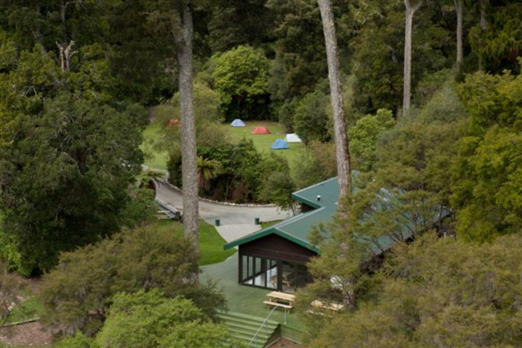 Pelorus Bridge (Kahikatea Flat) Campground