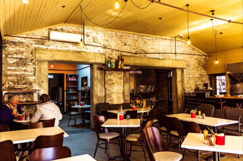 Terra Mia Traditional Italian Cafe,Restaurant & Pizzeria