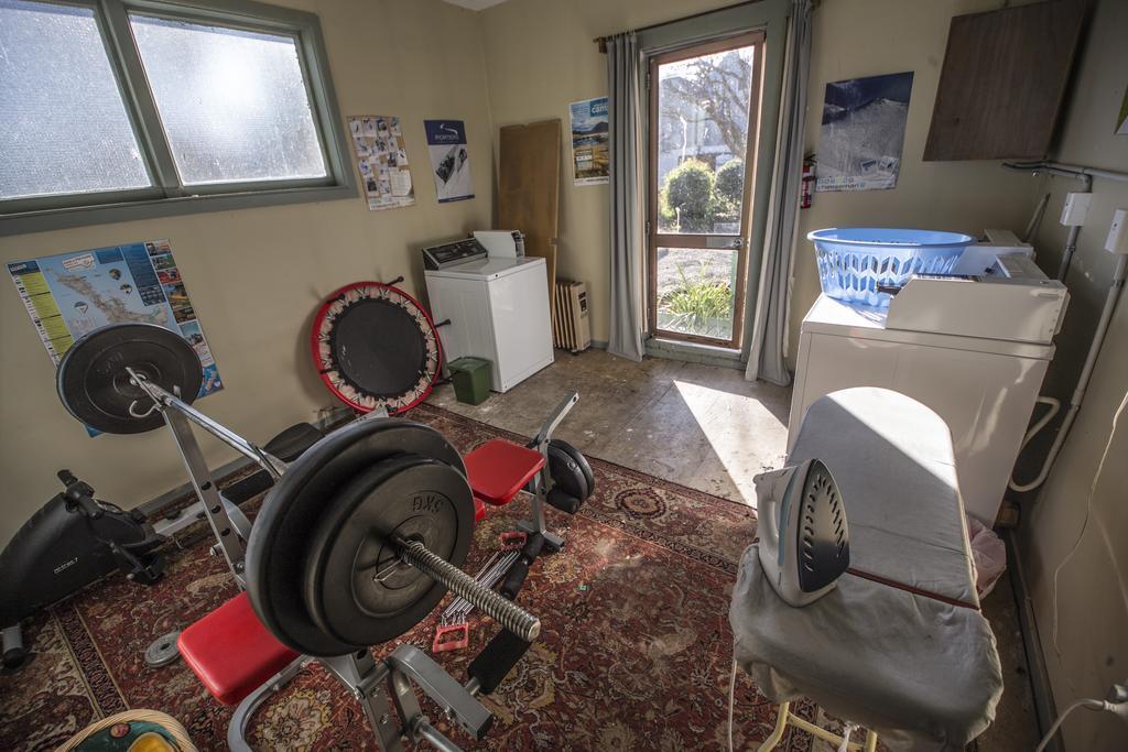 Smylie's Yha & Ski Lodge and Rental